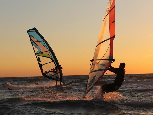 windsurf kitesurf sup foil talamone